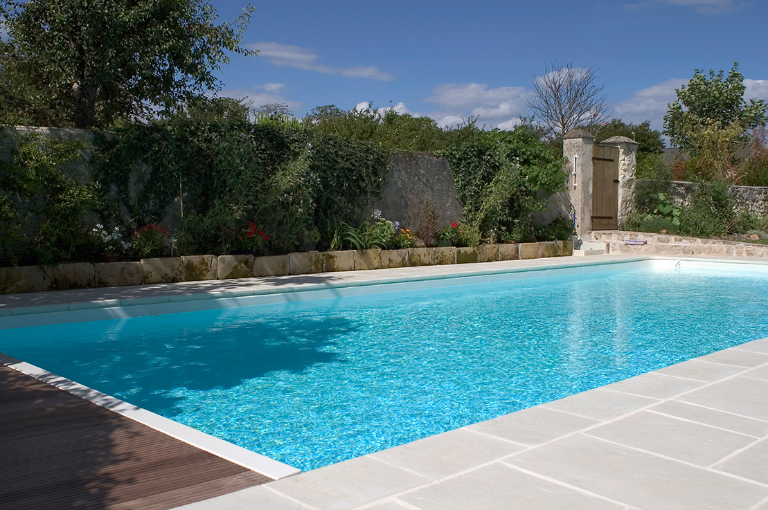 Amenagement exterieur piscine id es de conception sont int ressants votre d cor Piscine exterieur photos idees