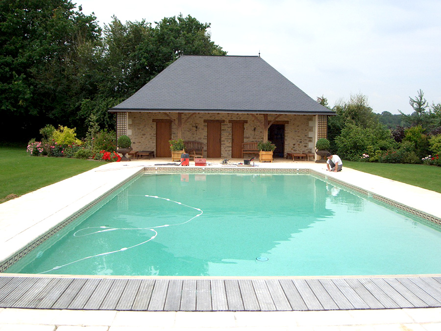 entretien de piscines saumur entreprise berjamin et fils. Black Bedroom Furniture Sets. Home Design Ideas